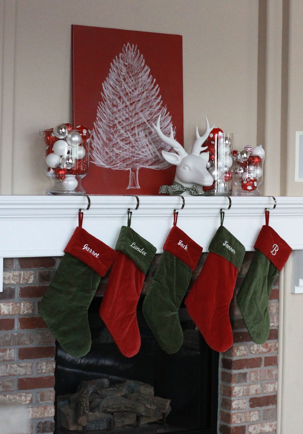 Christmas Mantel Decoration 10