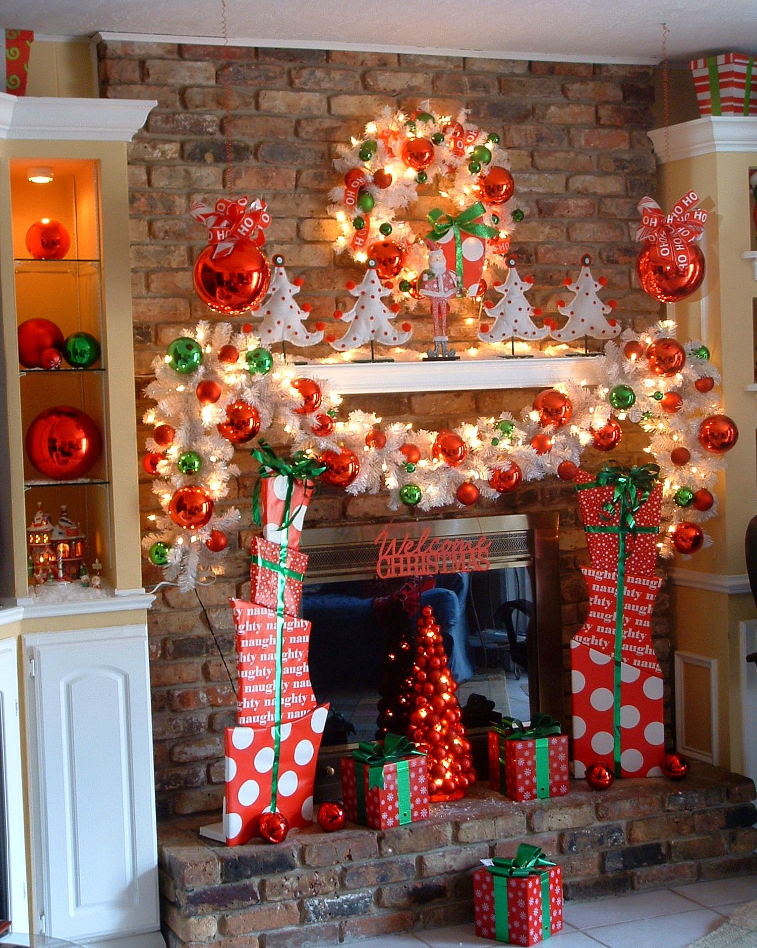 Christmas Mantel Decoration 11