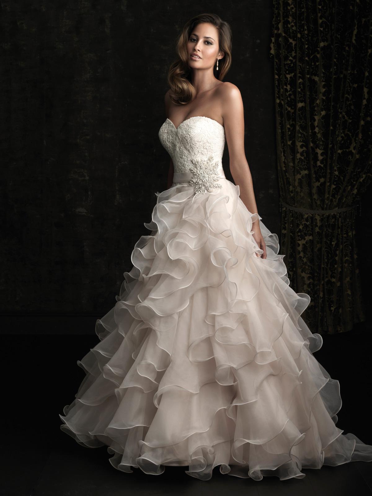 Allure 8955 Wedding Dress