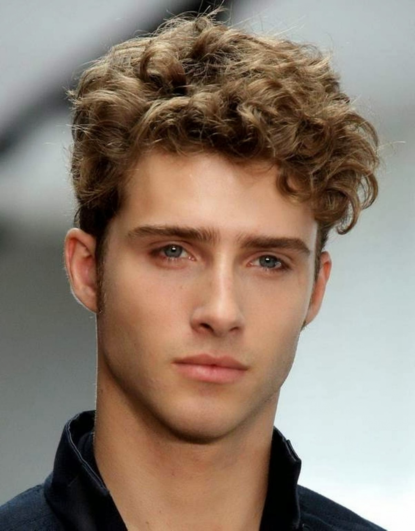 2016 Short Hairstyles for Curly Hair Men