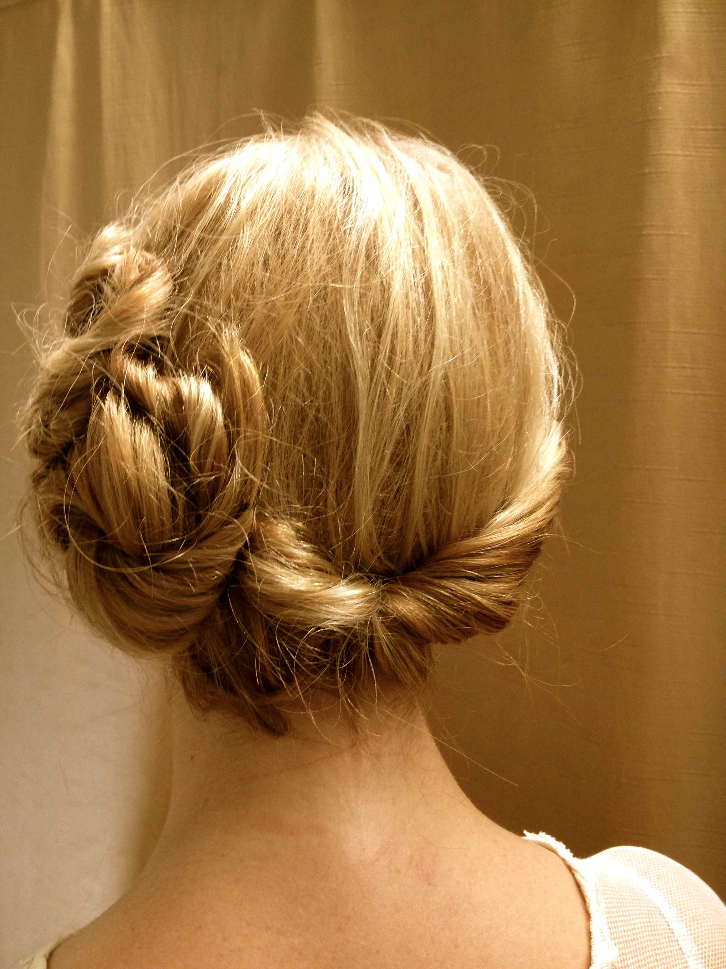 How to 1920s Hairstyles for Long Hair