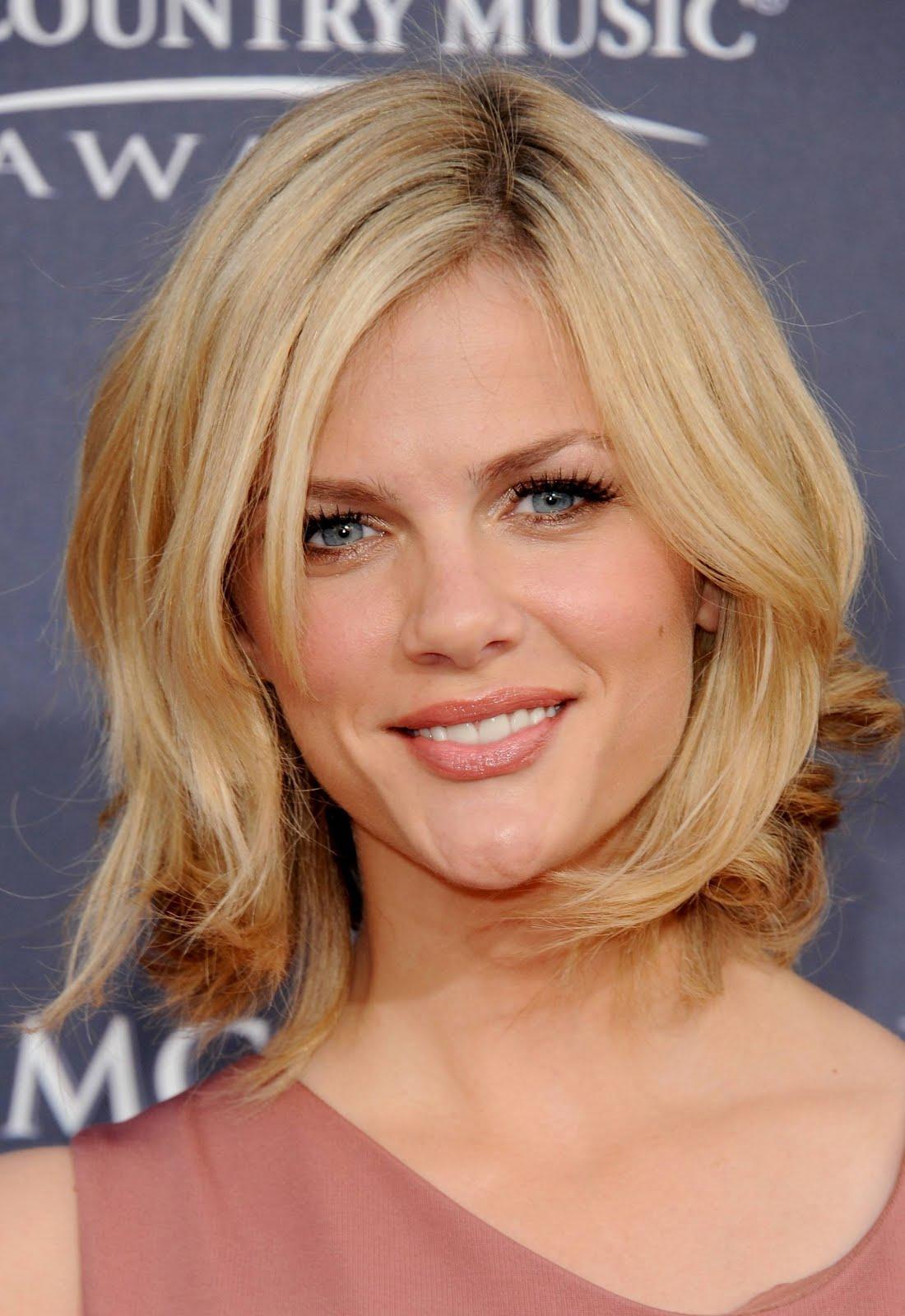Layered Hairstyles for Medium Length Hair