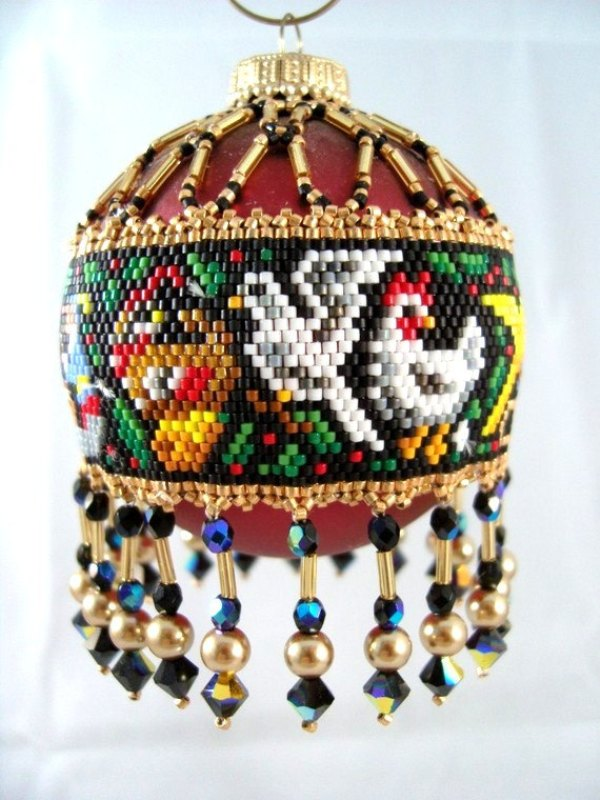 12-days-of-christmas-beaded-ornaments