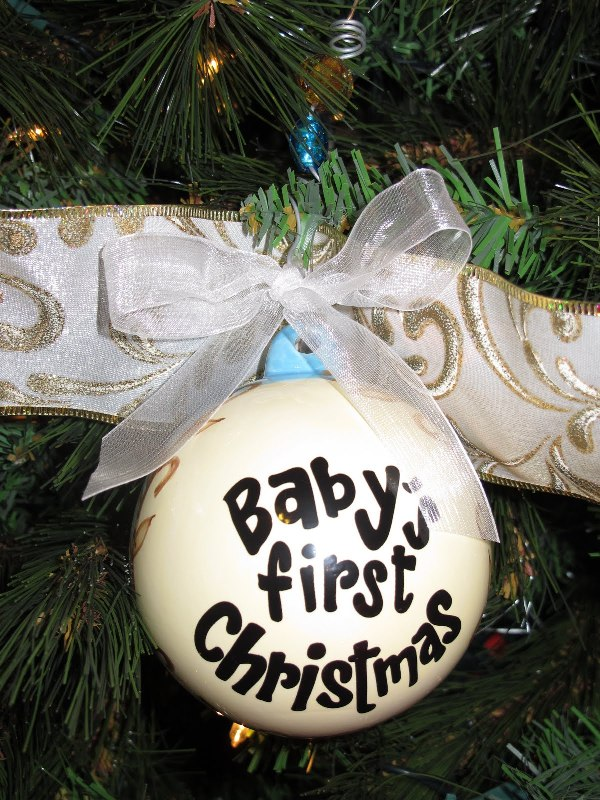 baby-first-christmas-sayings