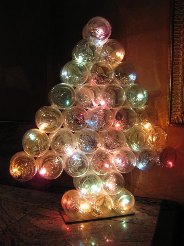 christmas-tree-made-out-of-baby-food-mason-jars