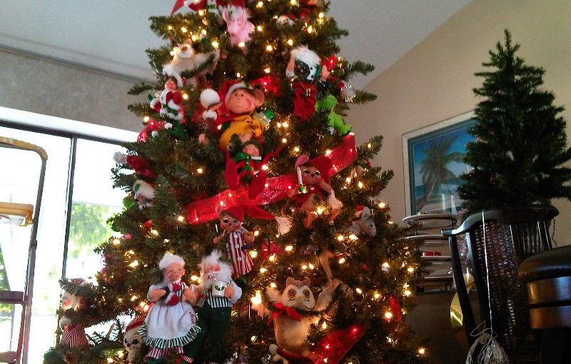 25 All Time Favorite Disney Christmas Tree Decorations Ideas