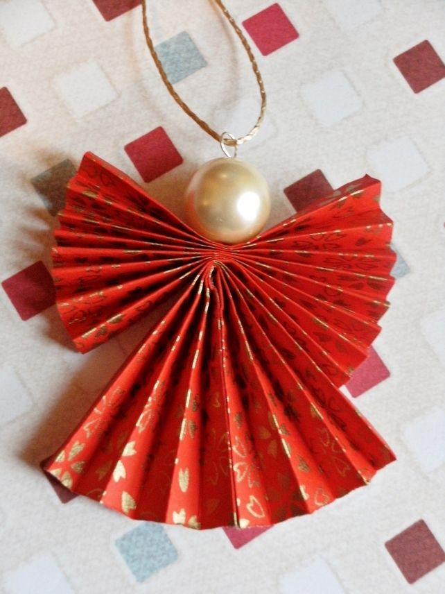 origami-christmas-ornament-angel-in-red