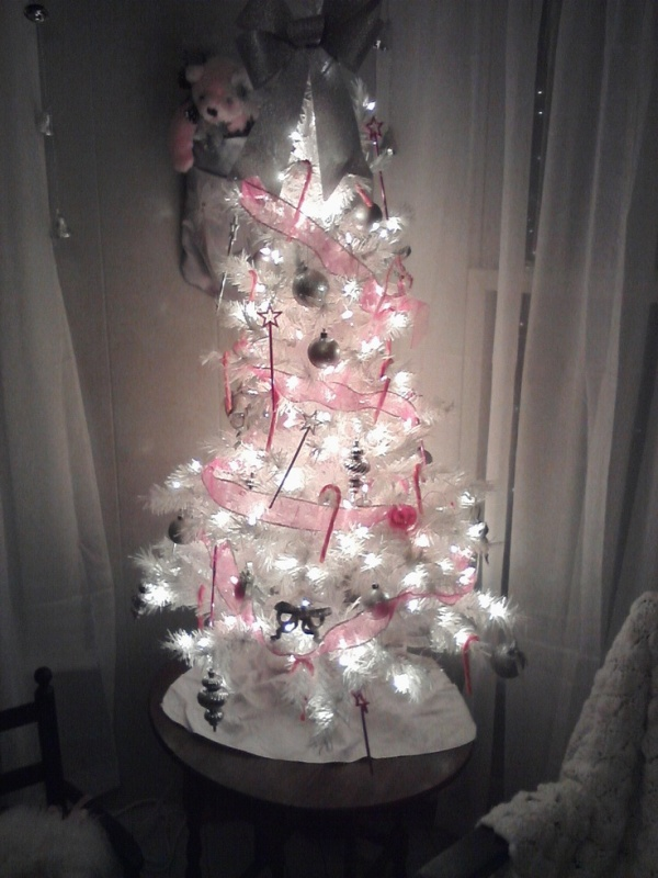 girly-christmas-tree-decorations-ideas-for-2016