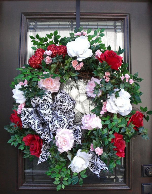 valentines-day-door-wreath