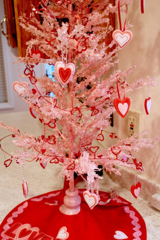 valentines-day-tree