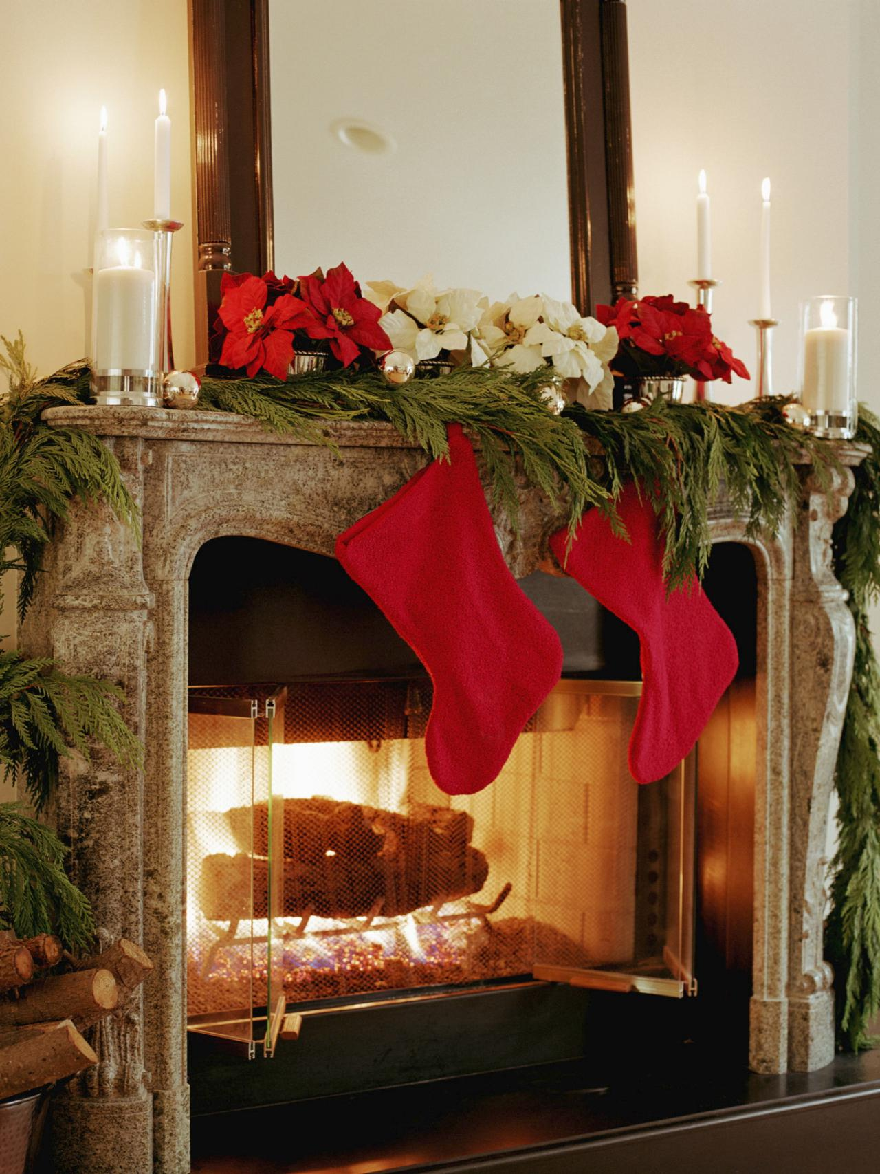 Christmas Mantel Decoration 17