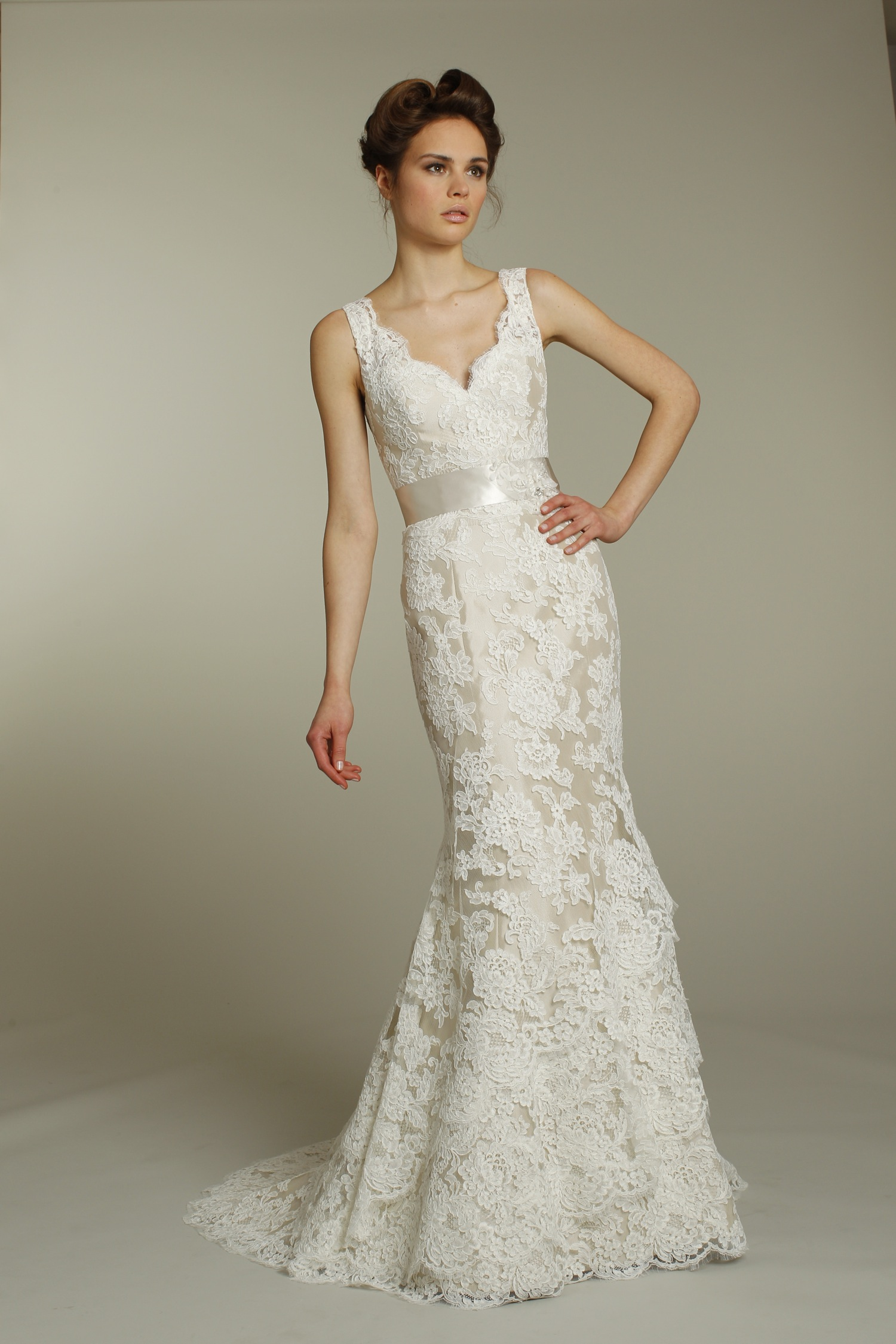 Champagne Lace Wedding Dresses