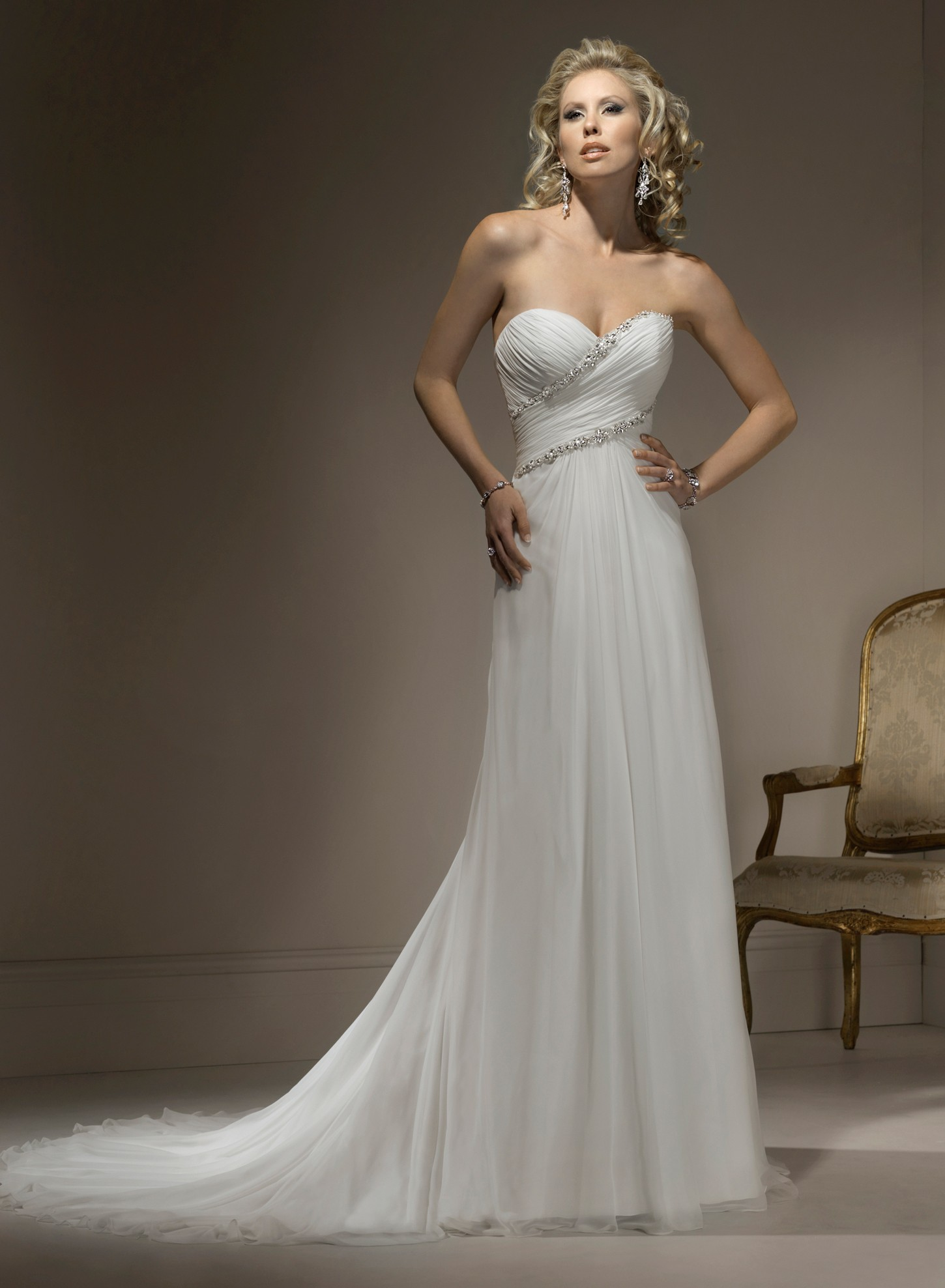 Wedding Dress with Sweetheart Neckless