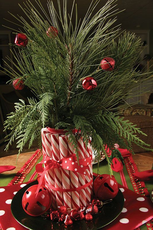 christmas-centerpiece-with-candy-canes