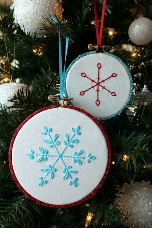 embroidery-snowflake-ornament-pattern