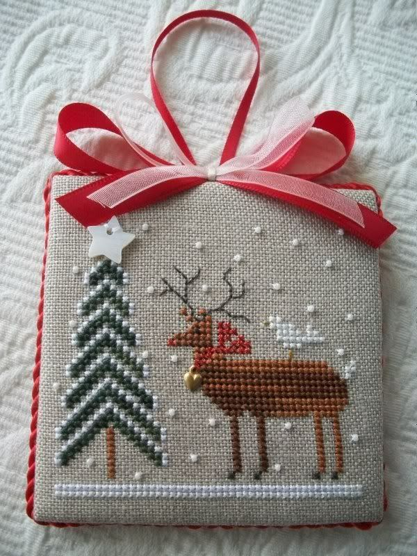 pinterest-cross-stitch-christmas-tree-ornaments