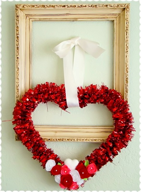 valentine-heart-dollar-tree-wreaths